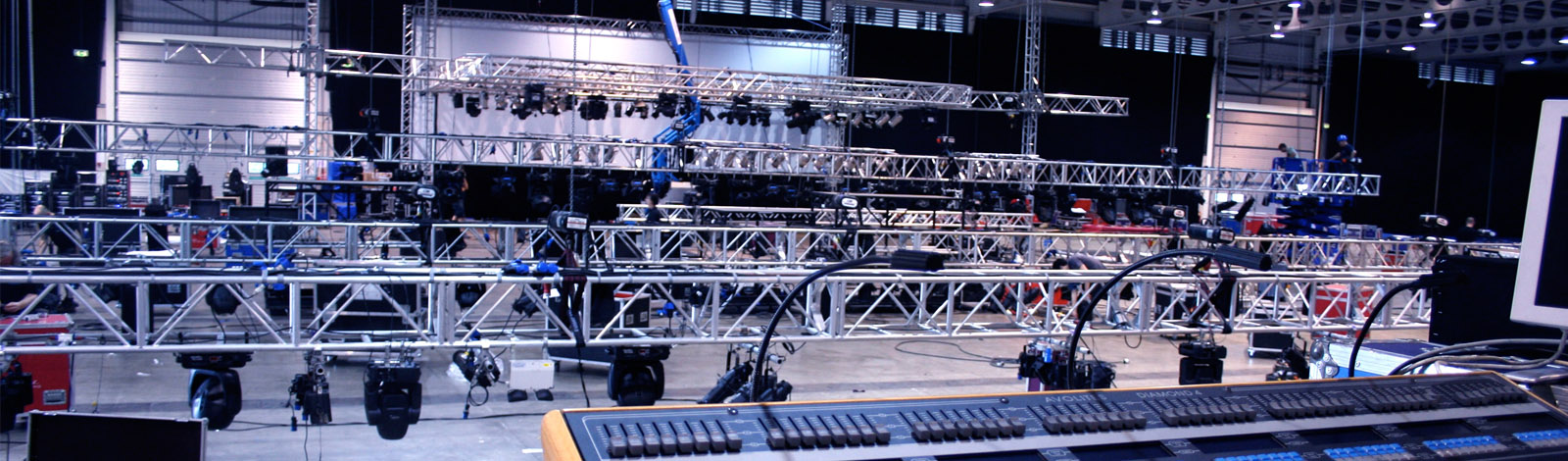 AV hire & rigging